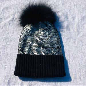 BARI LYNN**Gorgeous Sequins Hat w/ Fur Pom Pom